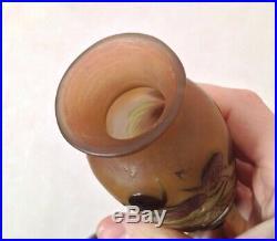 Beau Vase en pate de verre 1900 signé Gallé 20cm