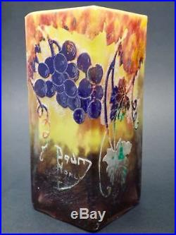 Daum Nancy vase décor à l'acide de feuilles de vignes et raisins