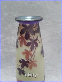 Devez vase verre Art nouveau signé
