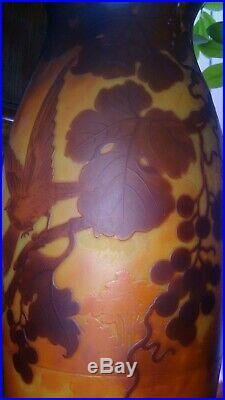 EXCEPTIONNEL, grand vase en pâte de verre signé Muller Frères Lunéville