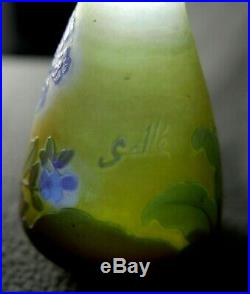 Emile Gallé (1846/1904) Vase Pâte de verre multicouche floral authentique 9,5 cm