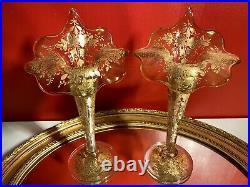 Fin du XIXe Vase Cornet en verre émaillée de fleurs rehaussé or, Art Nouveau