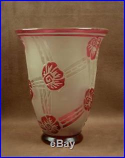 Grand Vase Art Deco Verre Decor Grave A L'acide Signe Andre Delatte Nancy