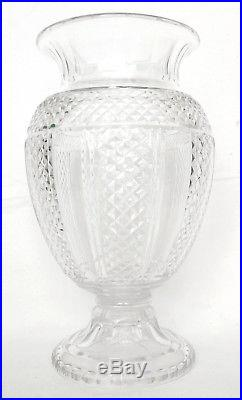 Grand vase Medicis en CRISTAL DE SAINT LOUIS, époque fin XIXe