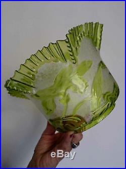 Imposante Tulipe au Décor Floral pour Lampe à Pétrole & Baccarat ou Saint Louis