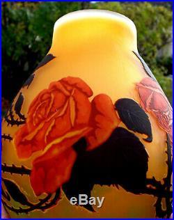 Joli vase MULLER aux roses, parfait, époque galle Daum 1900, NO COPY