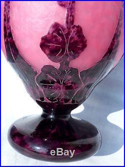 Joli vase Schneider Le verre français, décor dahlias, parfait, era daum galle
