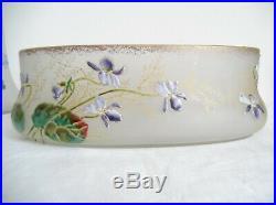 Legras, paire de vases + 1 jardinière, émaillés aux violettes