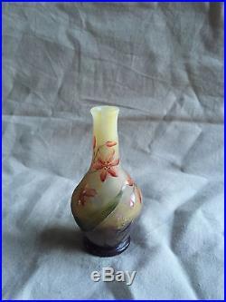 Mignature de Daum en pâte de verre émaillé 1900 signé Daum Nancy
