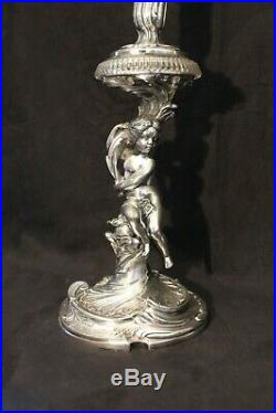 Paire de soliflores aux puttis en cristal et bronze de Victor Saglier XIX siècle