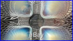 R. LALIQUE FRANCE. Coupe opalescente Coquilles