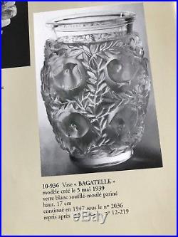 SUPERBE VASE Signé LALIQUE FRANCE Modèle BAGATELLE 17cm de haut 2,3kg 1950
