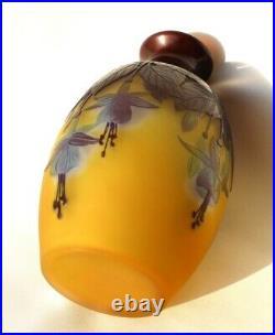 Superbe vase Gallé aux fuchsias era Daum 1900