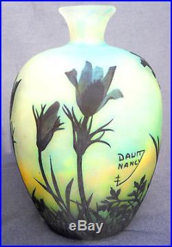 Superbe vase anémones des prés par Daum, vers 1900, era galle muller
