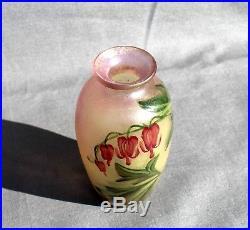 Très joli vase Muller fleurs curs de Marie éra Daum Gallé