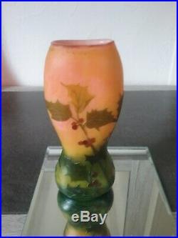 Vase Legras h/22cms dégagé à l'acide bon état