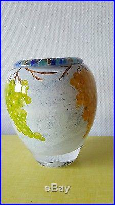 Vase Novaro signé en verre soufflé