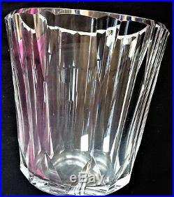 Vase en cristal années 50 signé Baccarat Chez la marquise de Sévigné