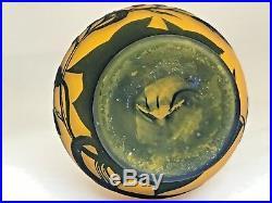 Vase orange Richard BURGSTHAL verre gravé en camée à lacide (multicouche)