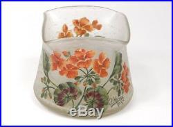 Vase pâte de verre émaillé fleurs signé J. Michel Paris XXème siècle